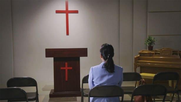 Γιατί οι εκκλησίες είναι ικανές να εκφυλιστούν σε θρησκεία;