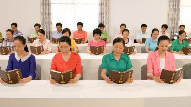 3. Πώς πρέπει οι άνθρωποι να βιώνουν την κρίση και το παίδεμα του Θεού, προκειμένου να σωθούν;